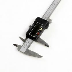Slankmatis 0-150mm skaitmeninis (metalinis)