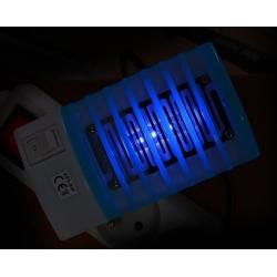 Vabzdžių gaudyklė su UV lempomis