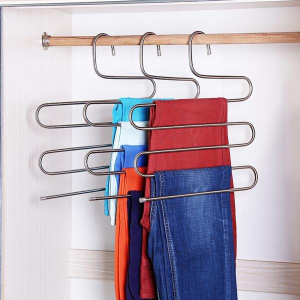 Daugiafunkcinė drabužių pakaba