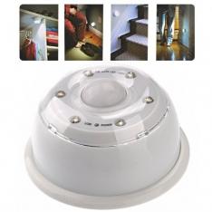 LED lempa su judesio jutikliu